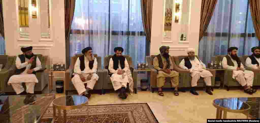 АВГАНИСТАН - Висок дипломат на Катар го минимизираше прашањето за признавање на новата талибанска влада во Авганистан и наведе дека фокусот на разговорите е владата да се фокусира на хуманитарни прашања додека расте меѓународниот притисок таа да ги почитува човековите права.