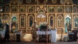 Праздничное богослужение в Кафедральном соборе святых равноапостольных князя Владимира и Ольги в Симферополе (архивное фото)