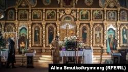 Праздничное богослужение в Кафедральном соборе святых равноапостольных князя Владимира и Ольги в Симферополе