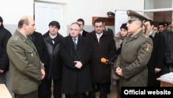 Հայաստան -- Ազգային ժողովի պաշտպանության, ազգային անվտանգության եւ ներքին գործերի մշտական հանձնաժողովի այցը հանրապետական զորահավաքակայան, 23-ը դեկտեմբերի, 2011թ