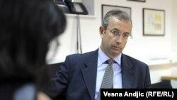 Michael Davenport tokom intervjua sa novinarkom RSE Brankom Trivić, 7. oktobar 2011.