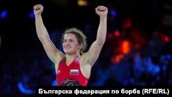 Биляна Дудова стана световна шампионка по борба в категория до 59 кг