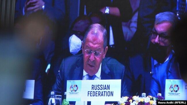 Ministar spoljnih poslova Rusije Sergej Lavrov u obraćanju na samitu Pokreta nesvrstanih u Beogradu preneo je poruke ruskog predsednika Vladimira Putina