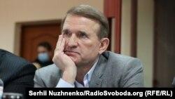 Віктор Медведчук озвучував гасла, вигідні Кремлю, в обмін на преференції в бізнесі, вважають експерти
