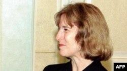 Veteran diplomat A. Elizabeth Jones (file photo)