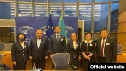 Қазақстандық депутаттар мен Еуропарламент өкілдерінің кездесуі. Брюссель, 11 қазан 2021 жыл. Сурет Қазақстан сенатының ресми сайтынан алынды.