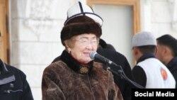 Кайыргүл Сартбаева.