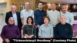 Активисты, принявшие участие во встрече представителей гражданского общества Туркменистана, Вена.