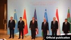 Борбор Азия өлкөлөрүнүн жана АКШнын өкүлдөрүнүн жыйыны. Ташкент. 3-февраль, 2020-жыл.
