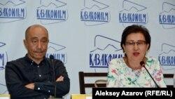 Руководители ТПО «Дебют» Дарежан Омирбаев и Анара Кашаганова. Алматы, 1 августа 2018 года.