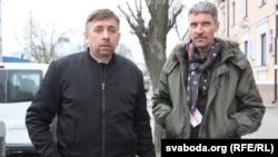 Блогеры Сяргей Пятрухін (зьлева) і Дзьмітрый Гарбуноў