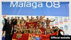 Развал Югославии не привел к падению уровня водного поло на ее территории. На снимке: чемпион Европы-2008 - сборная Черногории
