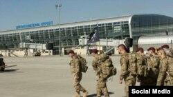 Американские военные инструкторы прилетели в Украину, фото посла США в Украине Джеффри Пайета