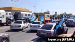 Затримання учасників автопробігу, Сімферополь, 18 травня 2015 року
