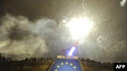 Fireworks over EU insignia amid New Year's celebrations in Prague on January 1.