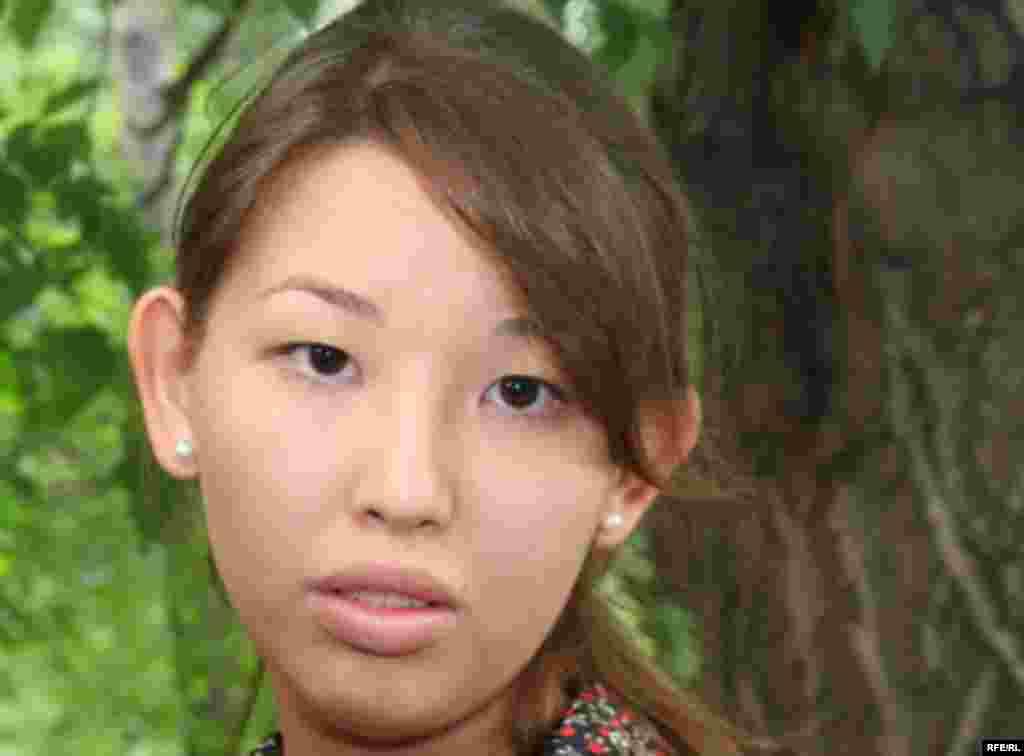 Kazakhstan - Aigerim Zhakisheva, doughter of former head of Kazatomprom Muhtar Zhakishev, Almaty, 09Jun2009 - Айгерим Джакишева, дочь арестованного Мухтара Джакишева. Алматы, 12 июня 2009 года.