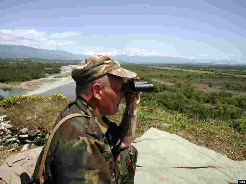 Российские военные приступили к несению службы на грузино-абхазской границе