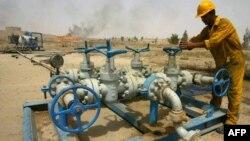 في احدى حقول النفط العراقية