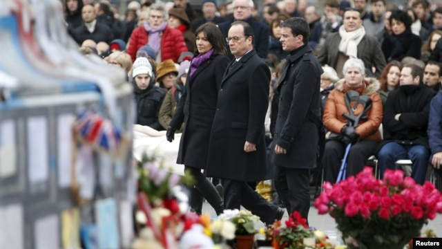 Воскресная памятная церемония в Париже