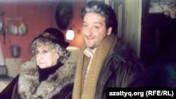 Сергей Погосян белгілі грузин актрисасы Софико Чиаурелимен бірге тұр.
