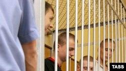 Свердловские власти одобрили методы силовиков, не позволивших несовершеннолетним заключенным бежать, «убивая всех вокруг»