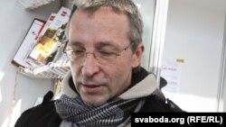 Артур Клінаў