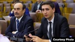 Алмаз Ахмедзянов (справа). Источник фото: татарстанское отделение Ассоциации юристов России