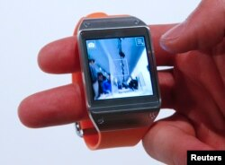 Samsung-un smart saatı