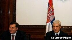 Predsednik RS Milorad Dodik i predsednik Srbije Boris Tadić na sastanku Srba iz regiona u Beogradu, 8. februar 2011