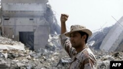 Баб ул-Азизия ауданындағы сарбаз. Триполи. 7 маусым 2011 жыл.