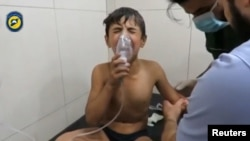 Этот мальчик из Алеппо пострадал, предположительно, от применения хлора в одном из районов города в сентябре 2016
