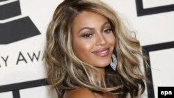 G'arb estradasining taniqli namoyondasi Beyonce.