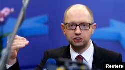 "Ukrainian Prime Minister Arseniy Yatsenyuk has sarcastically expressed ""concern"" about massive capital flight out of Russia."