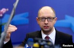 Арсений Яценюк после подписания части соглашения с ЕС. 21 марта 2014 года
