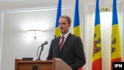 Ministrul apărării Eugen Sturza