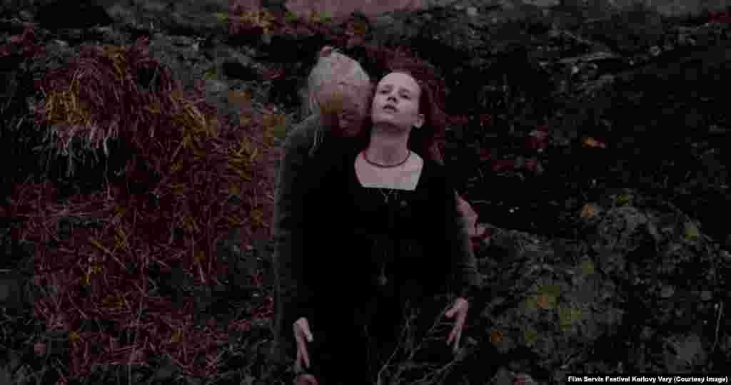 Второй приз получил фильм Питера Бруннера о девушке, у которой умерла бабушка