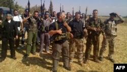 Combatanți din Armata Liberă Siriană