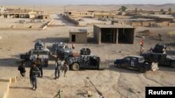 Иракские военные к югу от Мосула, 18 октября 2016 года.