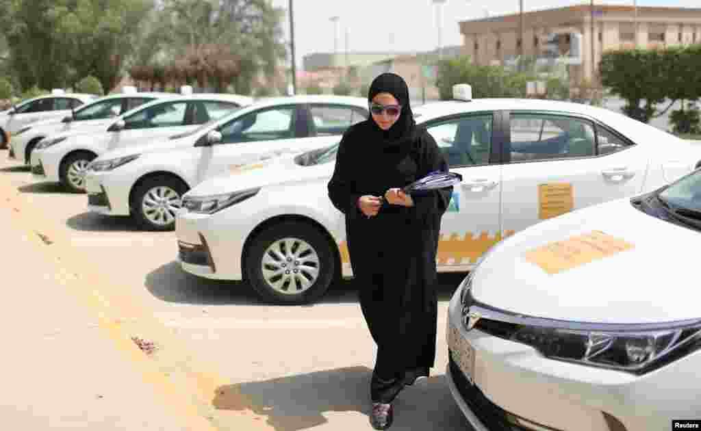 Сауд Арабиясы королінің мұрагері Мохаммед бин Салман өткен жылдан бері елде ауқымды реформалар бастаған. Елде әйелдерге көлік жүргізуге, стадионға кіруге рұқсат беретін заң қабылданған.