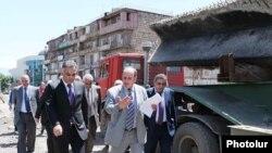 Երեւանի քաղաքապետ Գագիկ Բեգարյանը (կենտրոնում):