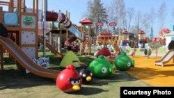 """Финляндиядә ачылган """"Angri Birds"""" паркы"""