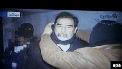 Попавшие в Интернет кадры казни Саддама Хусейна шокировали многих