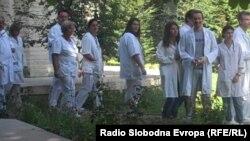 Протест на лекарите во Клиничкиот центар во Скопје на 24 септември 2012.