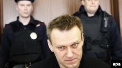 Алексей Навальный на заседании суда, который отправил его под административный арест