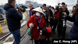საკრუიზო ლაინერის Diamond Princess-ის მგზავრების ნაწილმა გემი 19 თებერვალს დატოვა