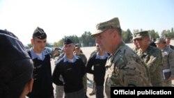 Komandanti i Komandës së Ushtrisë amerikane për Evropë, gjenerali Ben Hodges