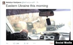 A tweet from an AP reporter apparently showing a large military convoy in eastern Ukraine on November 8.