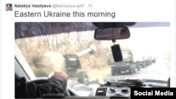 A tweet from an AP reporter apparently showing a large rebel convoy in eastern Ukraine on November 8.