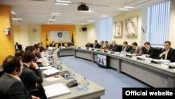Sastanak Vlade Kosova, arhivski snimak