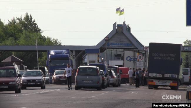 «Схемы» сталі сведкамі незаконнай махінацыі на пункце пропуску «Даманава»